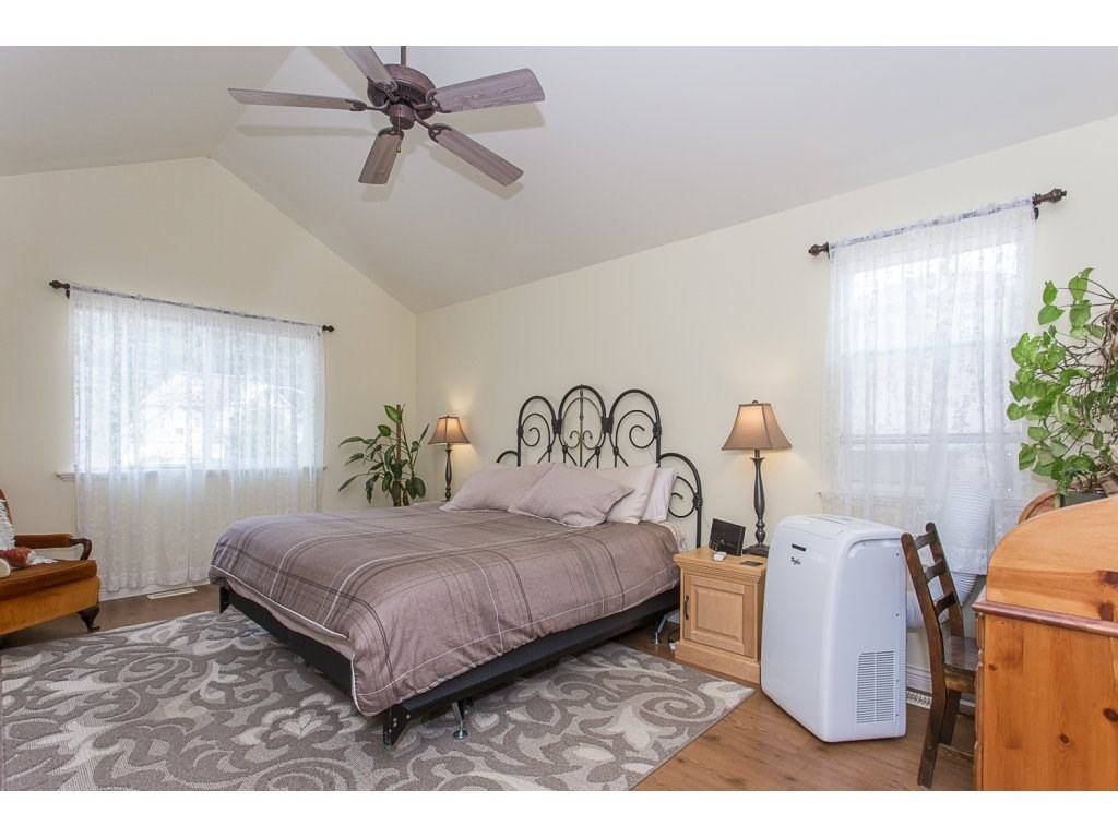 Detached at 34730 FENMO PLACE, Mission, British Columbia. Image 10