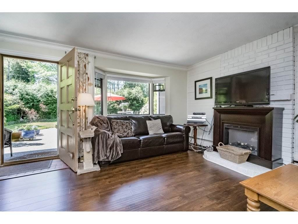 Detached at 2740 124B STREET, South Surrey White Rock, British Columbia. Image 4