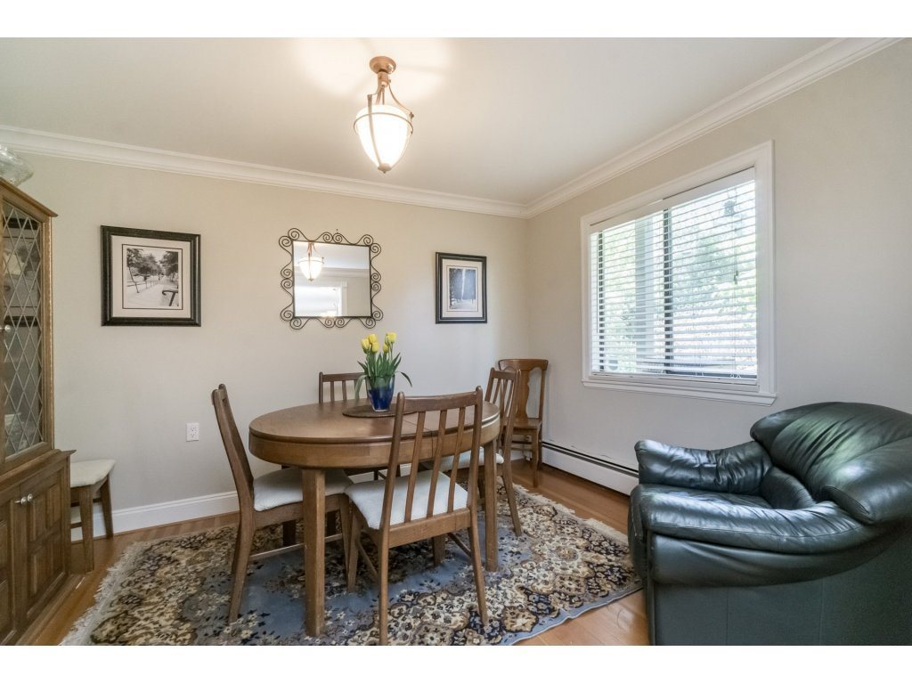 Detached at 2740 124B STREET, South Surrey White Rock, British Columbia. Image 7