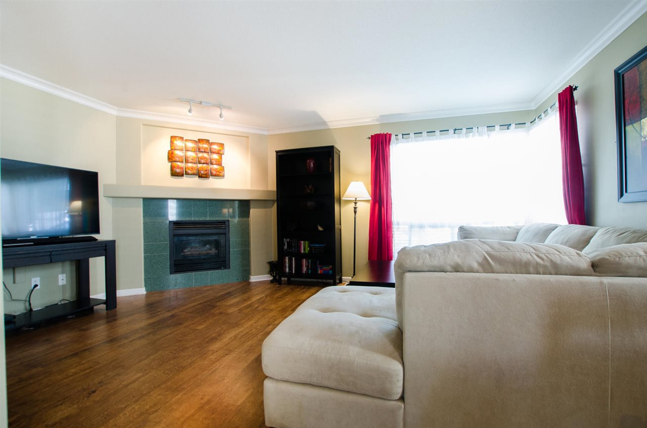 Townhouse at 12 4748 54A STREET, Unit 12, Ladner, British Columbia. Image 2