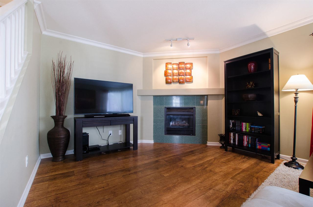 Townhouse at 12 4748 54A STREET, Unit 12, Ladner, British Columbia. Image 3