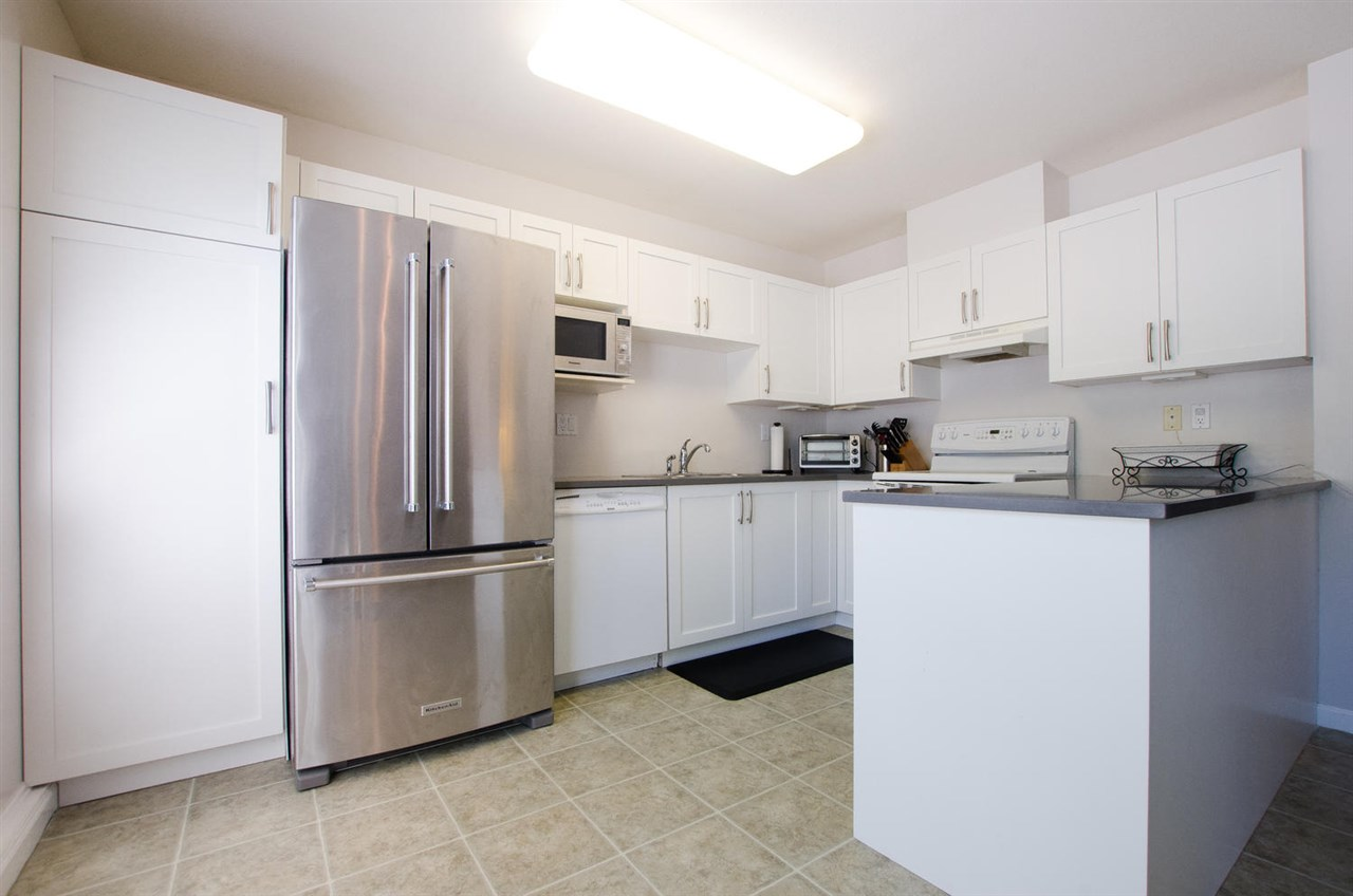 Townhouse at 12 4748 54A STREET, Unit 12, Ladner, British Columbia. Image 5