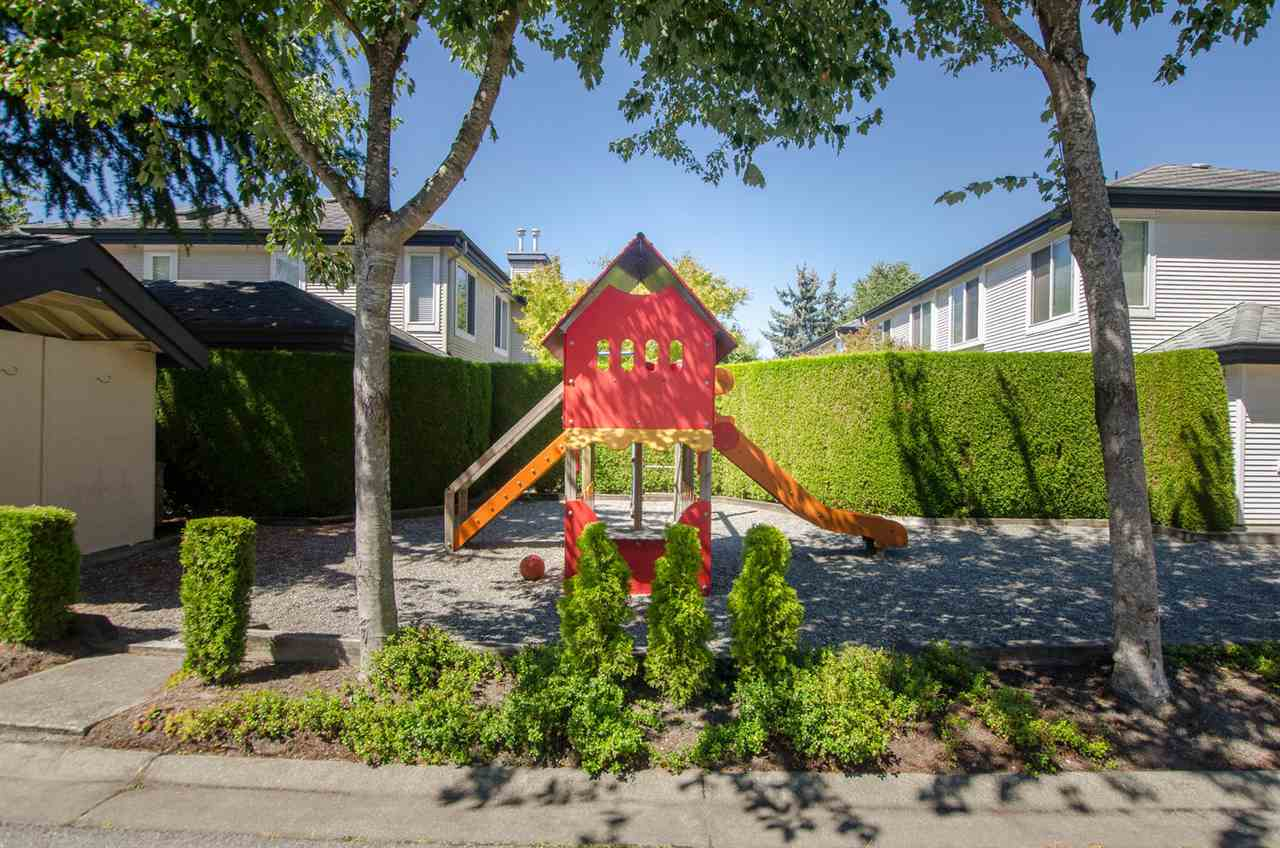 Townhouse at 12 4748 54A STREET, Unit 12, Ladner, British Columbia. Image 15