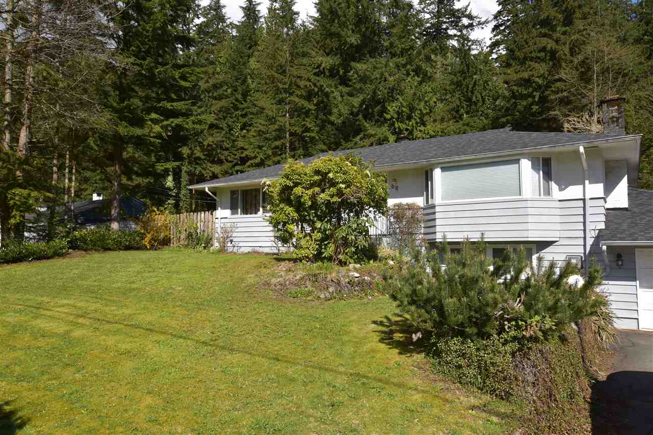 Detached at 39 GLENMORE DRIVE, West Vancouver, British Columbia. Image 2