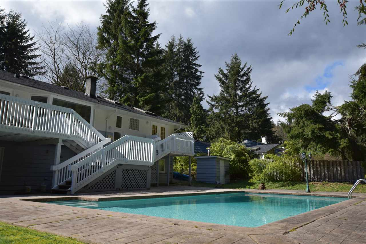 Detached at 39 GLENMORE DRIVE, West Vancouver, British Columbia. Image 6
