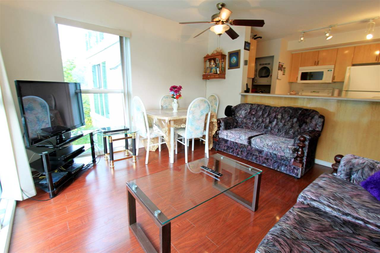 Condo Apartment at 511 2763 CHANDLERY PLACE, Unit 511, Vancouver East, British Columbia. Image 3