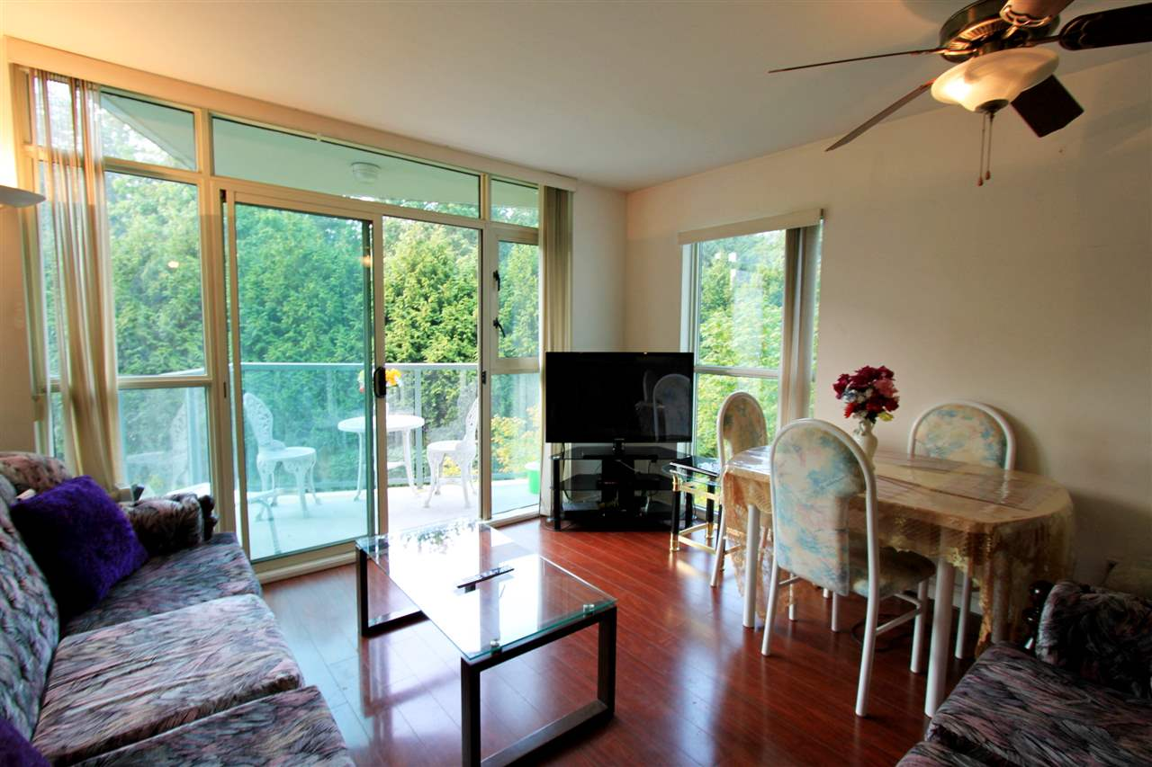 Condo Apartment at 511 2763 CHANDLERY PLACE, Unit 511, Vancouver East, British Columbia. Image 5