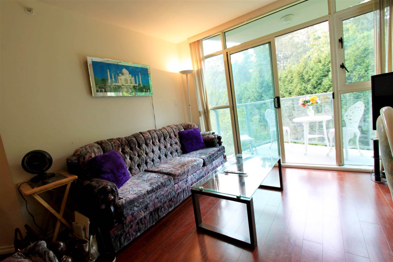 Condo Apartment at 511 2763 CHANDLERY PLACE, Unit 511, Vancouver East, British Columbia. Image 6