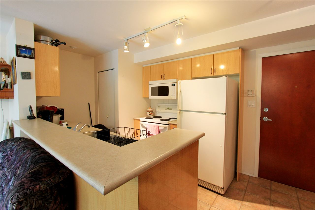 Condo Apartment at 511 2763 CHANDLERY PLACE, Unit 511, Vancouver East, British Columbia. Image 7