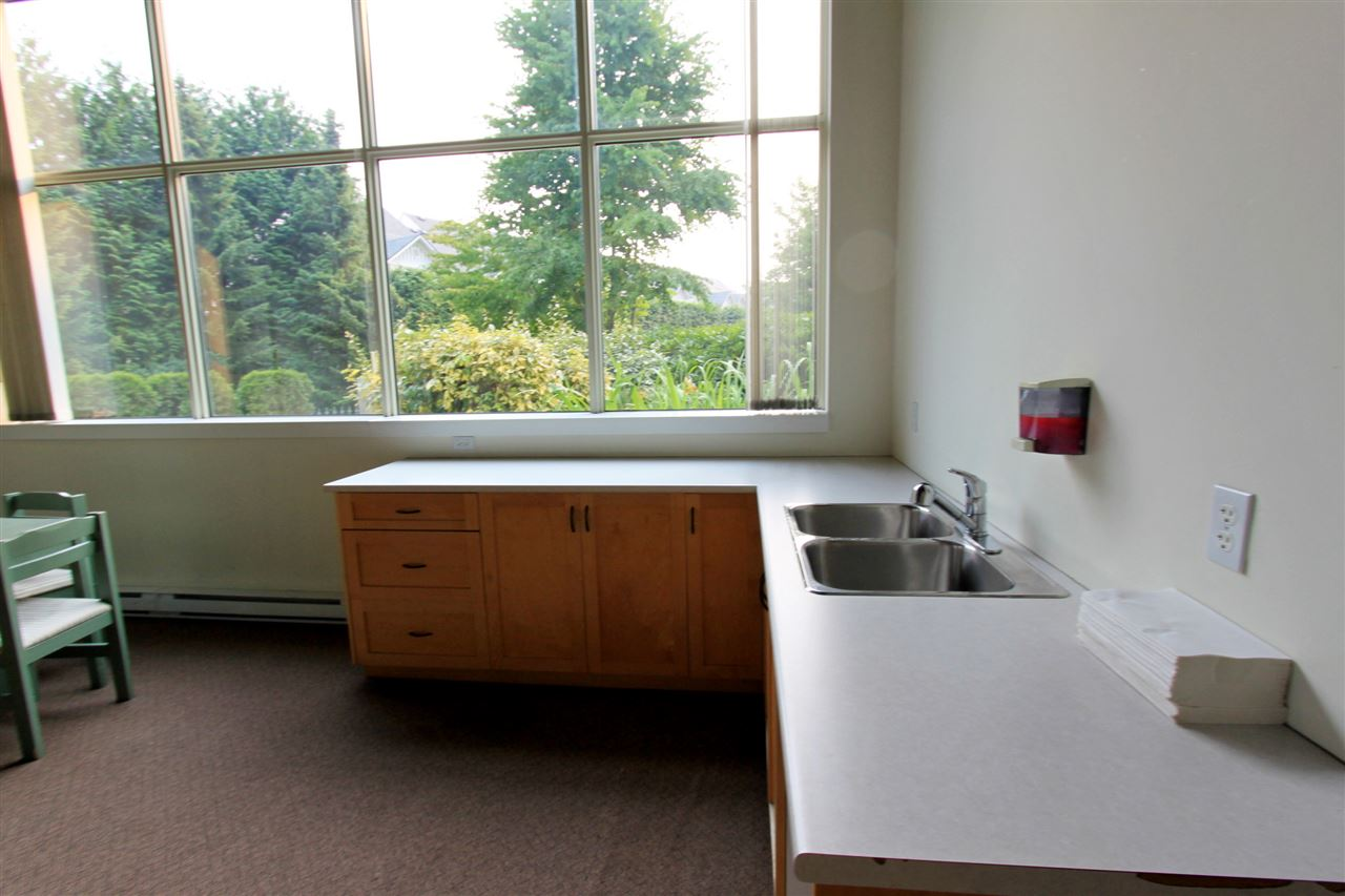 Condo Apartment at 511 2763 CHANDLERY PLACE, Unit 511, Vancouver East, British Columbia. Image 10