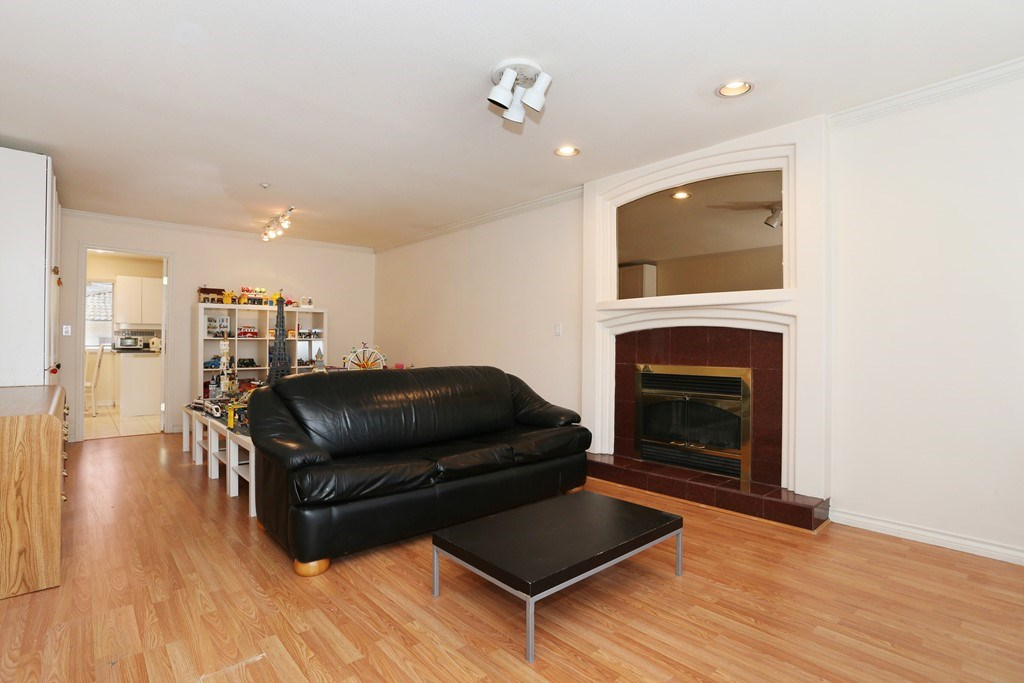 Detached at 3650 VIMY CRESCENT, Vancouver East, British Columbia. Image 3
