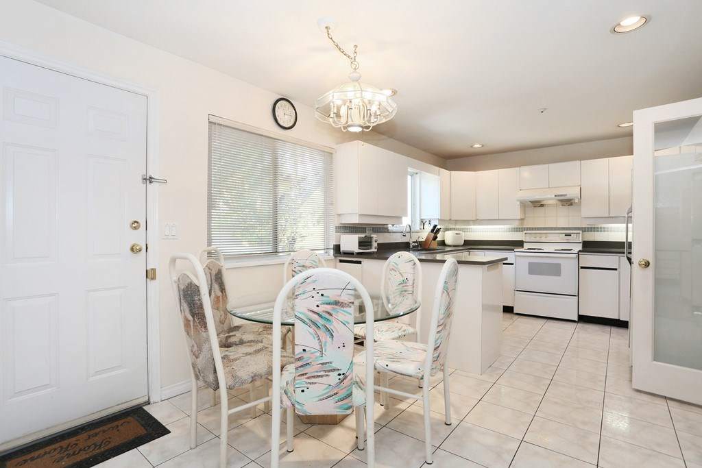 Detached at 3650 VIMY CRESCENT, Vancouver East, British Columbia. Image 7