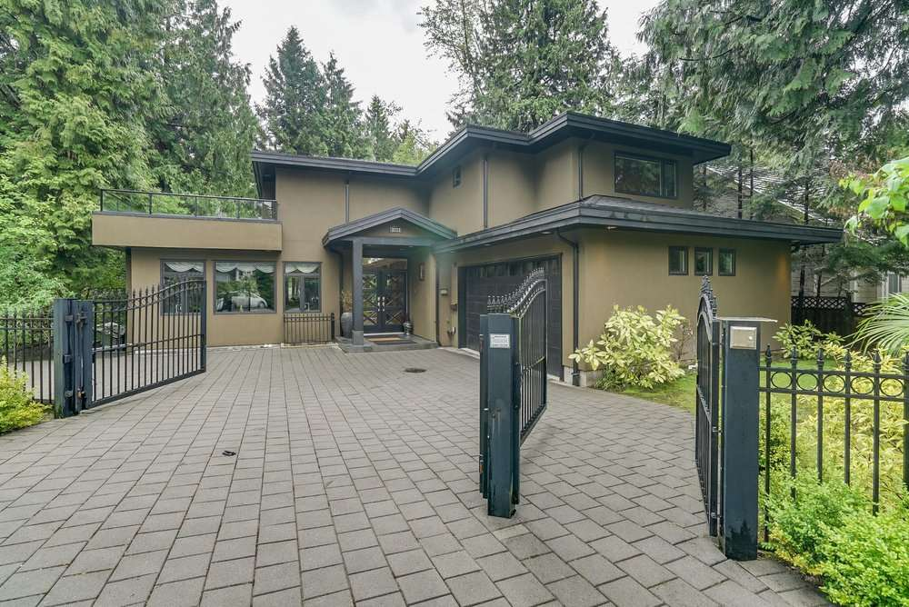 Detached at 3222 PAISLEY ROAD, North Vancouver, British Columbia. Image 1
