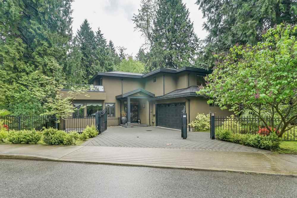 Detached at 3222 PAISLEY ROAD, North Vancouver, British Columbia. Image 2