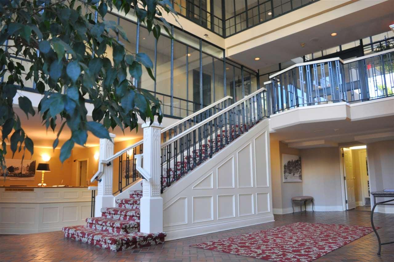 Condo Apartment at 209 1311 BEACH AVENUE, Unit 209, Vancouver West, British Columbia. Image 4