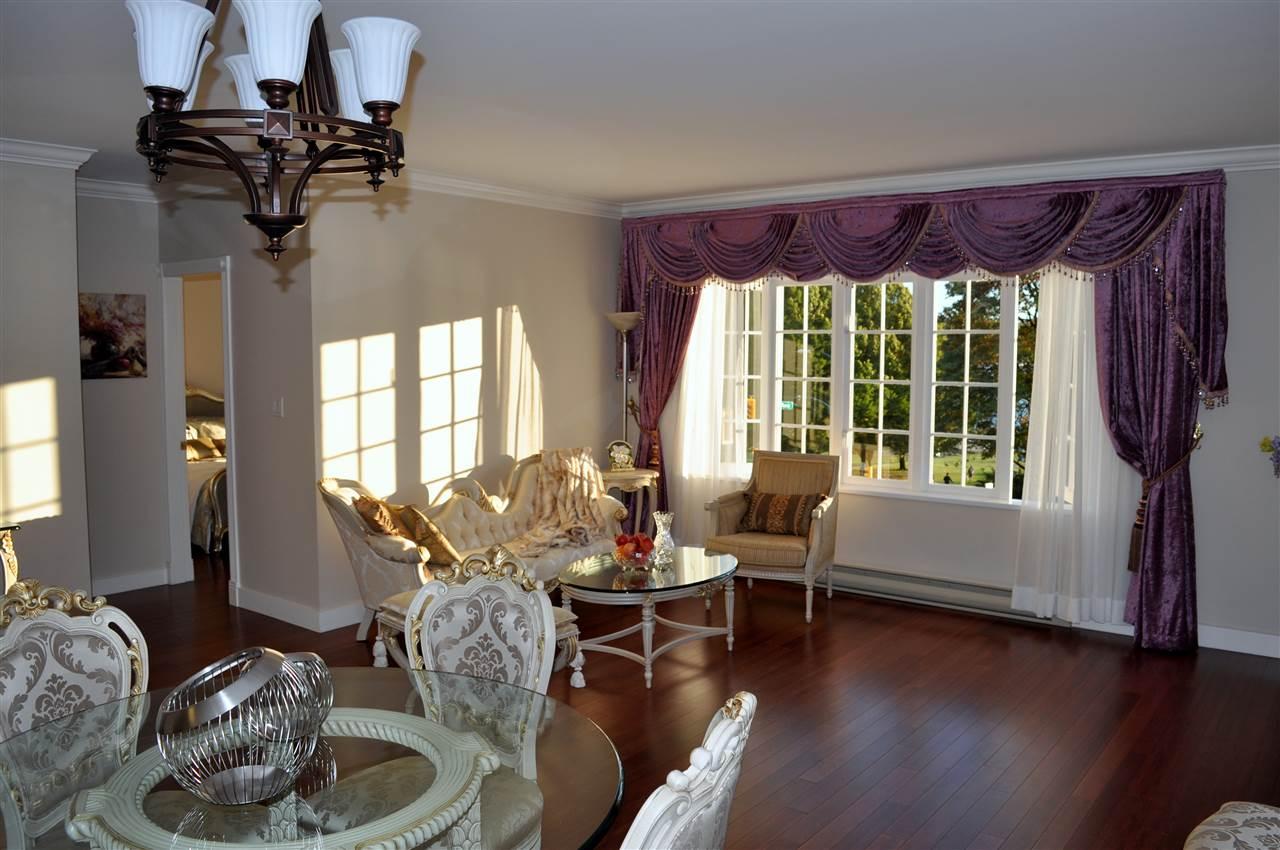 Condo Apartment at 209 1311 BEACH AVENUE, Unit 209, Vancouver West, British Columbia. Image 8