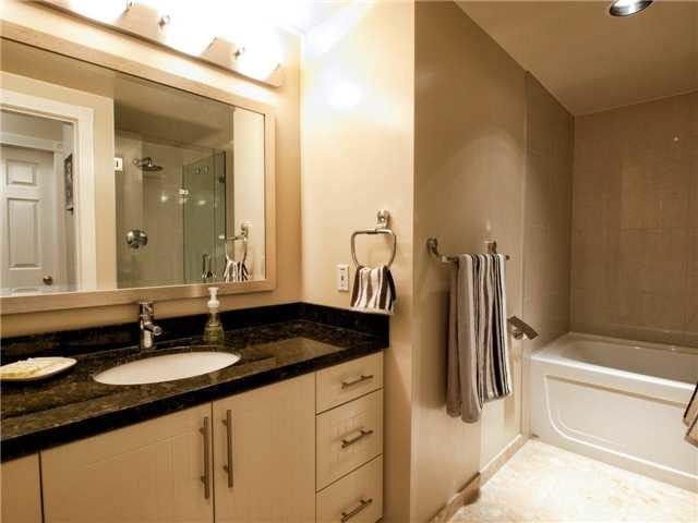 Condo Apartment at 209 1311 BEACH AVENUE, Unit 209, Vancouver West, British Columbia. Image 10