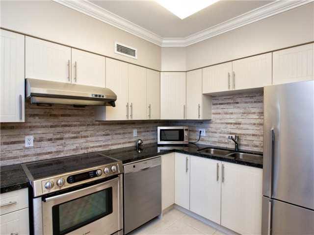 Condo Apartment at 209 1311 BEACH AVENUE, Unit 209, Vancouver West, British Columbia. Image 11