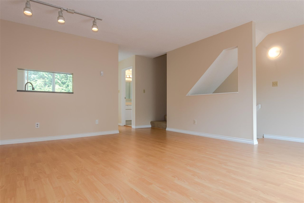 Townhouse at 3418 LANGFORD AVENUE, Vancouver East, British Columbia. Image 4