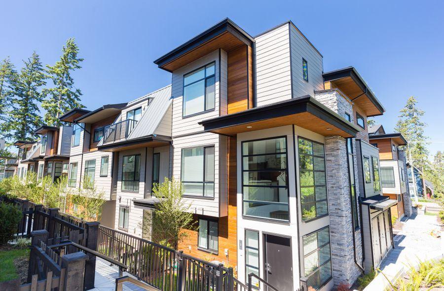 Townhouse at 10 15688 28 AVENUE, Unit 10, South Surrey White Rock, British Columbia. Image 3