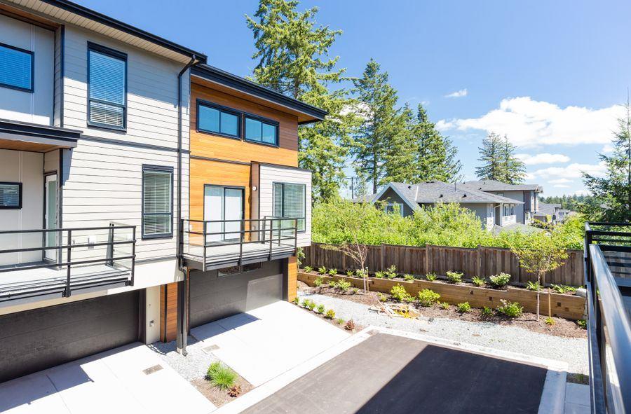 Townhouse at 10 15688 28 AVENUE, Unit 10, South Surrey White Rock, British Columbia. Image 4