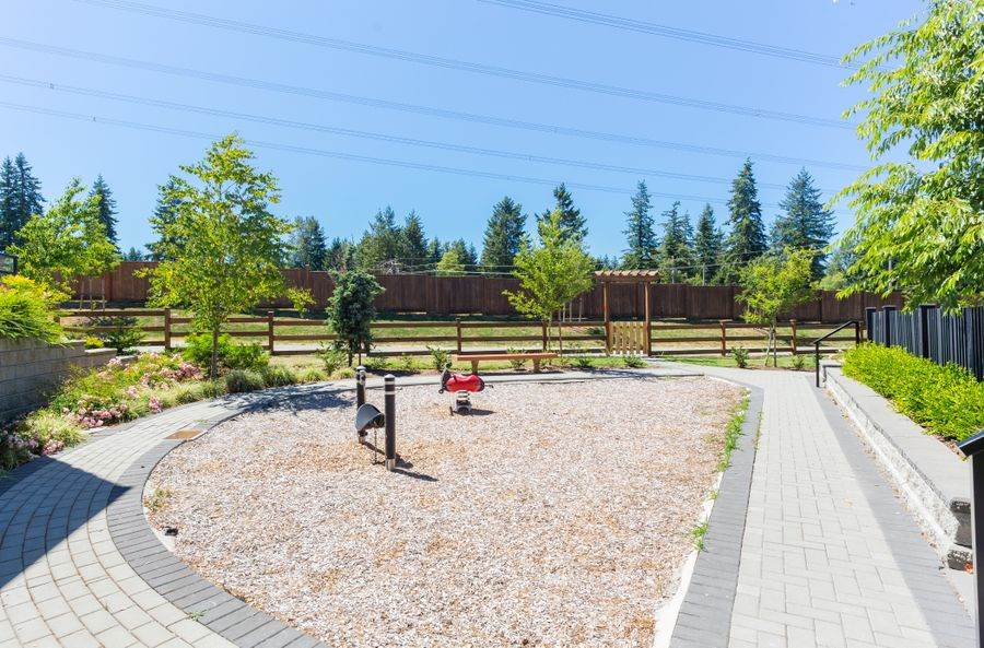 Townhouse at 10 15688 28 AVENUE, Unit 10, South Surrey White Rock, British Columbia. Image 15