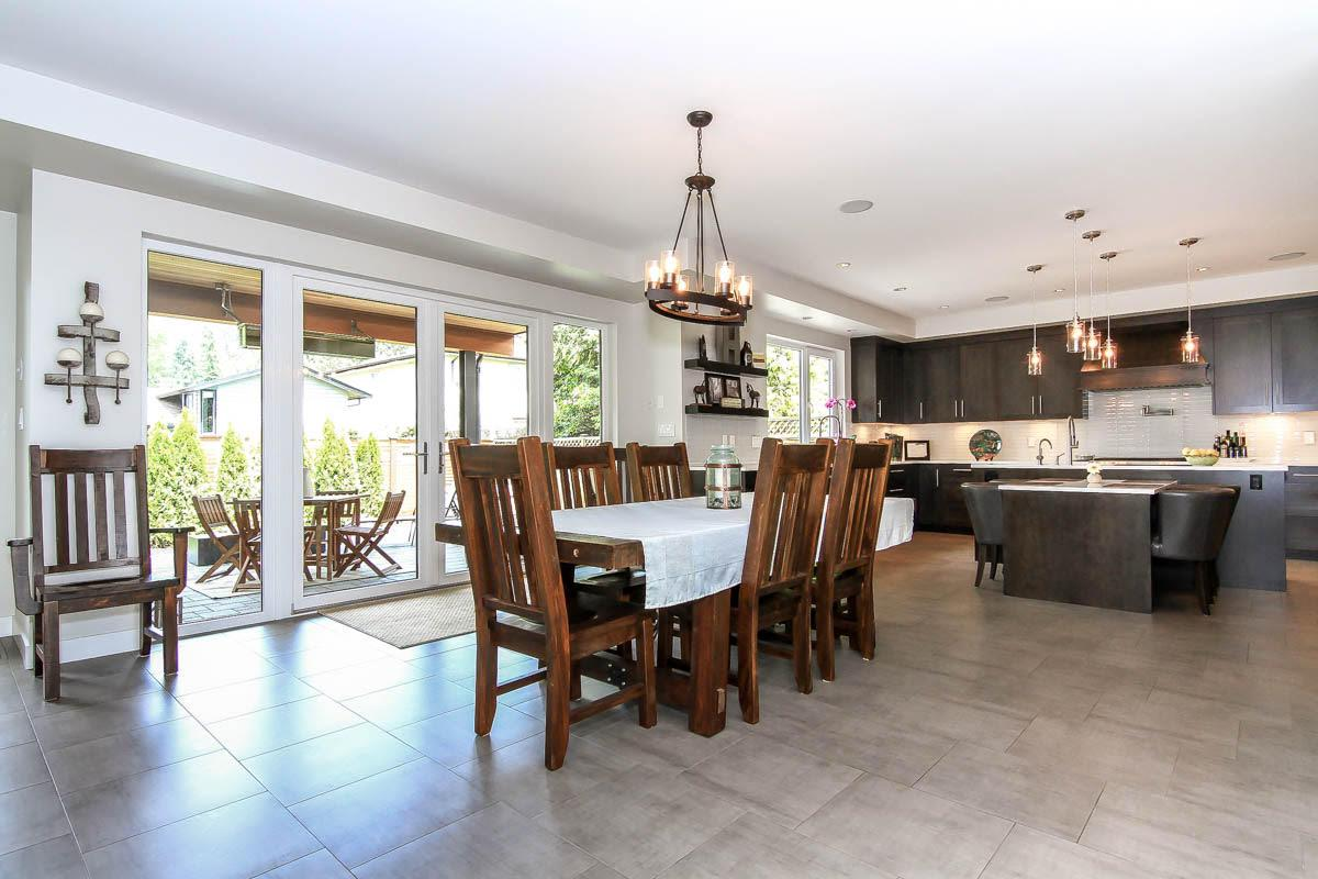 Detached at 630 E CARISBROOKE ROAD, North Vancouver, British Columbia. Image 5