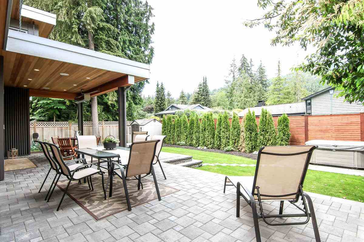 Detached at 630 E CARISBROOKE ROAD, North Vancouver, British Columbia. Image 19