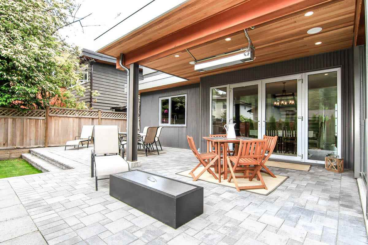 Detached at 630 E CARISBROOKE ROAD, North Vancouver, British Columbia. Image 20