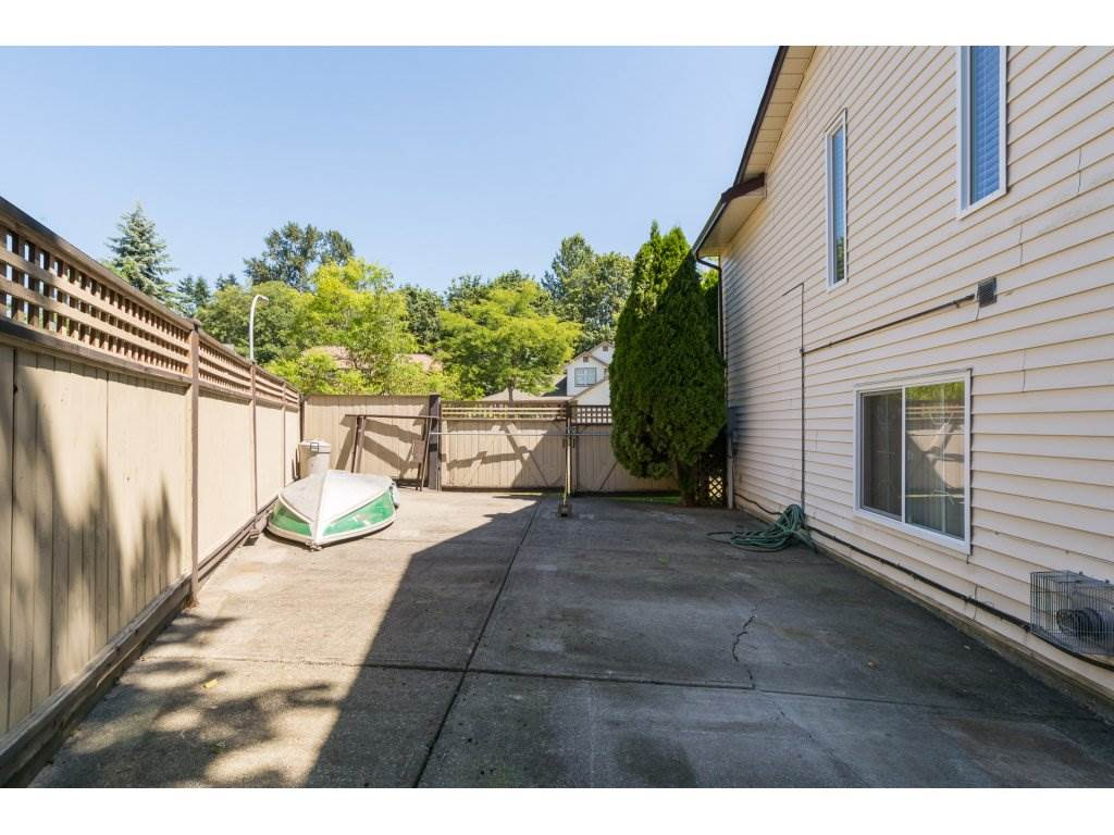 Detached at 8681 146A STREET, Surrey, British Columbia. Image 2