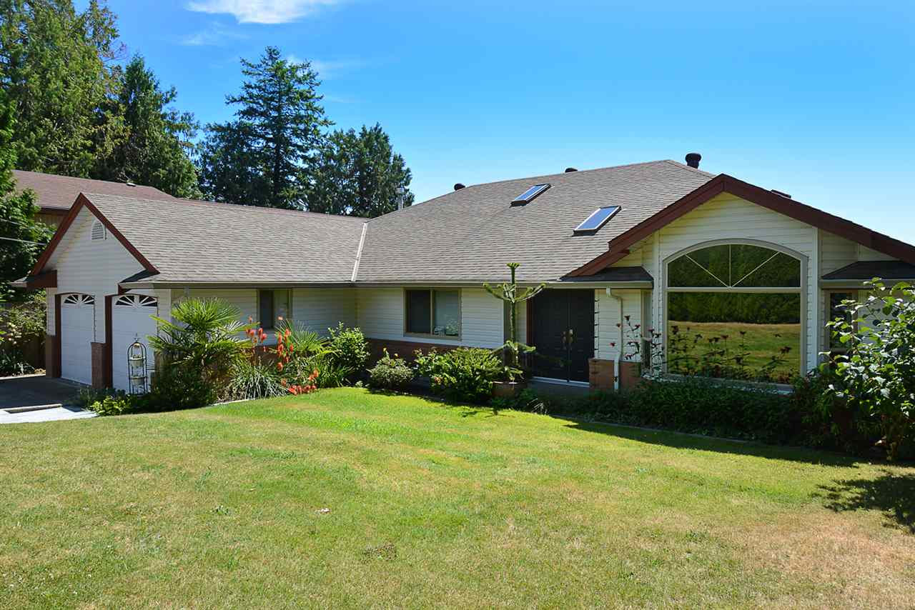 Detached at 7811 REDROOFFS ROAD, Sunshine Coast, British Columbia. Image 1