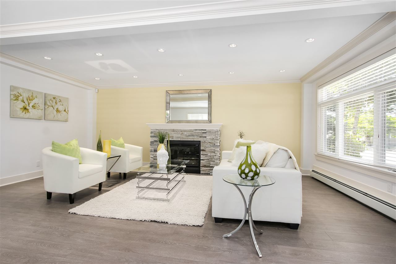 Detached at 2326 E 45TH AVENUE, Vancouver East, British Columbia. Image 3
