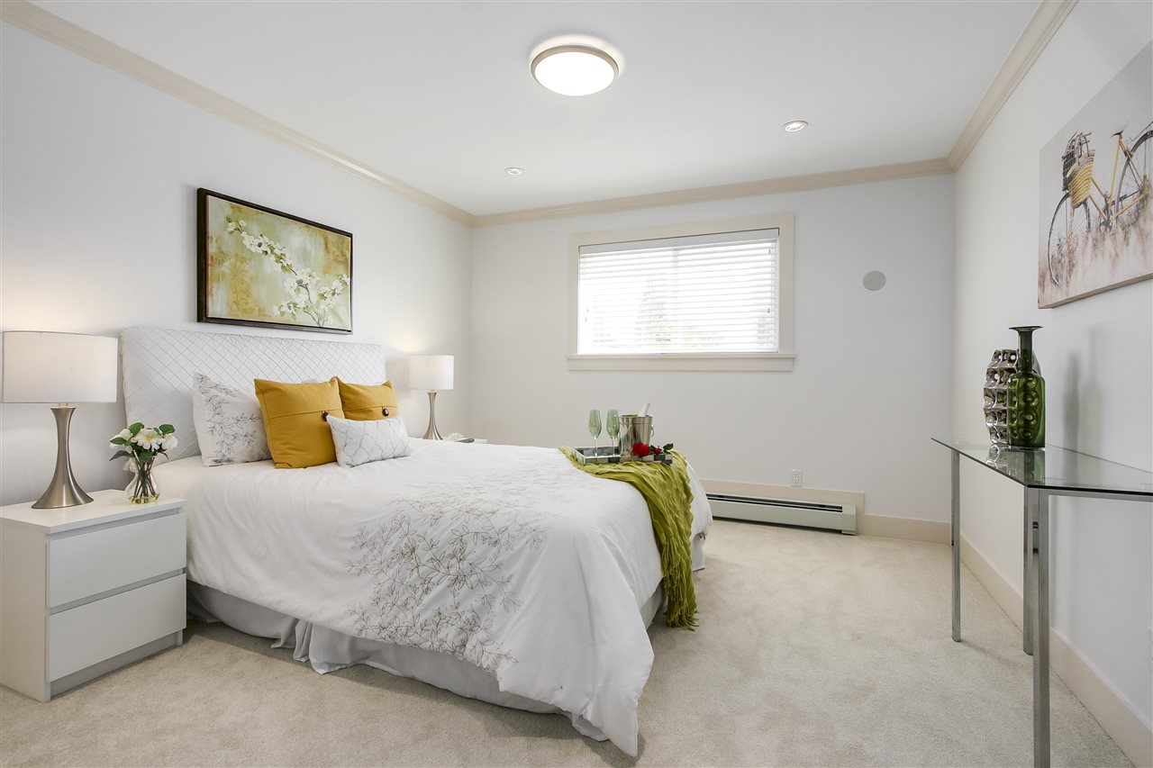 Detached at 2326 E 45TH AVENUE, Vancouver East, British Columbia. Image 10