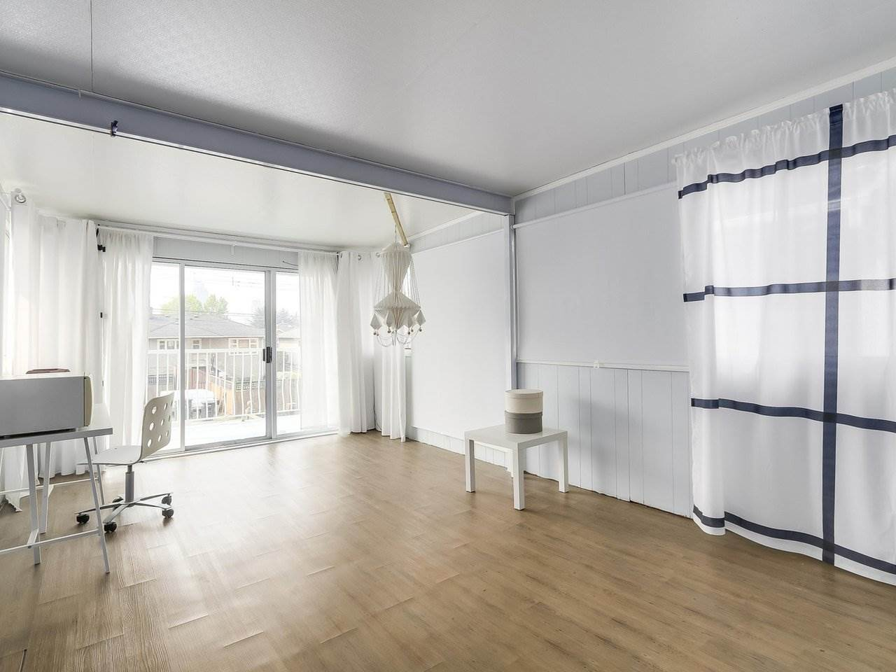 Detached at 4590 UNION STREET, Burnaby North, British Columbia. Image 10
