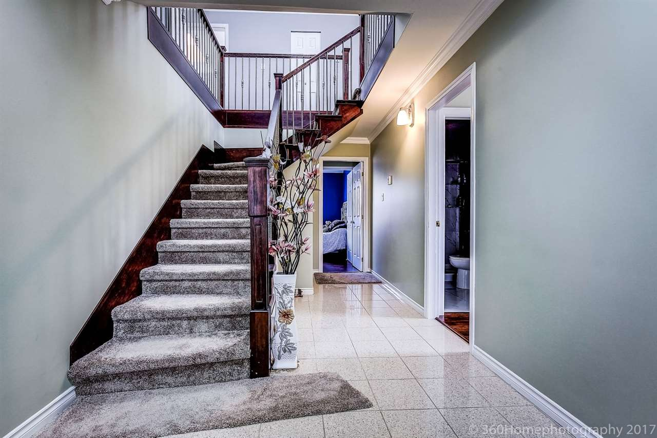 Detached at 6312 NEVILLE STREET, Burnaby South, British Columbia. Image 2