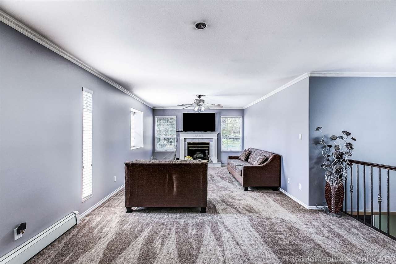 Detached at 6312 NEVILLE STREET, Burnaby South, British Columbia. Image 3