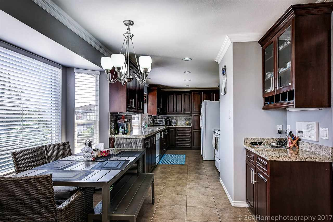 Detached at 6312 NEVILLE STREET, Burnaby South, British Columbia. Image 9