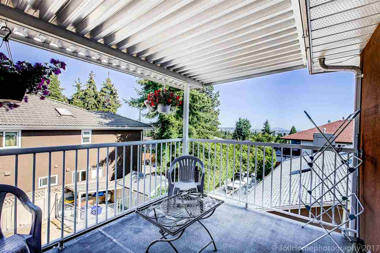 Detached at 6312 NEVILLE STREET, Burnaby South, British Columbia. Image 13