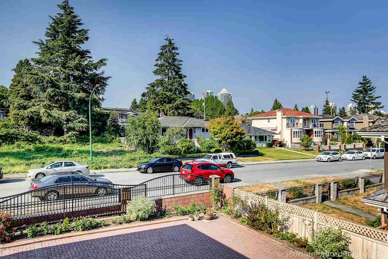 Detached at 6312 NEVILLE STREET, Burnaby South, British Columbia. Image 19