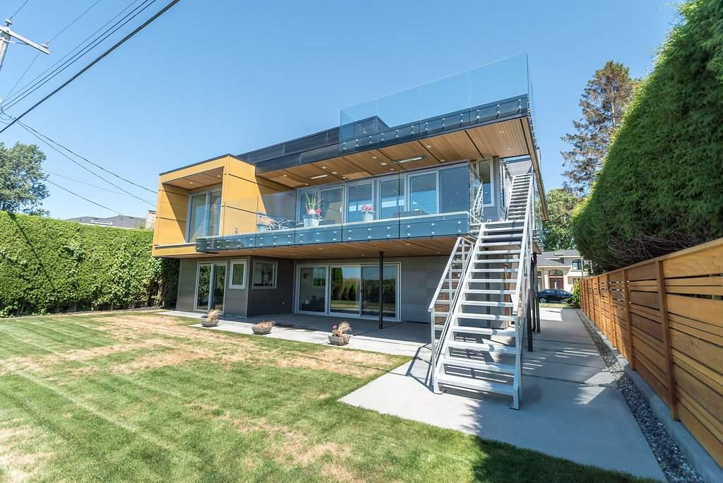 Detached at 8500 FAIRDELL CRESCENT, Richmond, British Columbia. Image 2