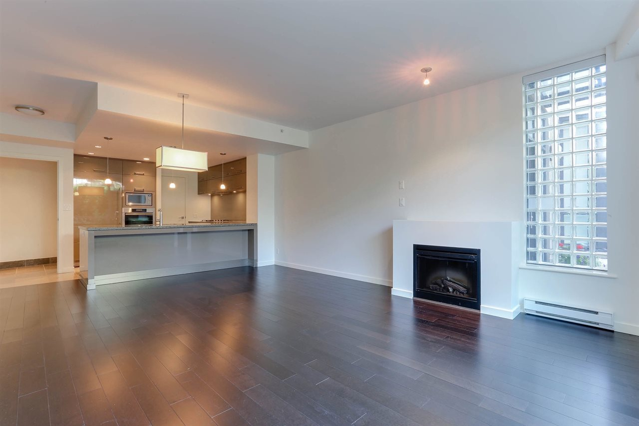 Townhouse at 6076 CHANCELLOR MEWS, Vancouver West, British Columbia. Image 5