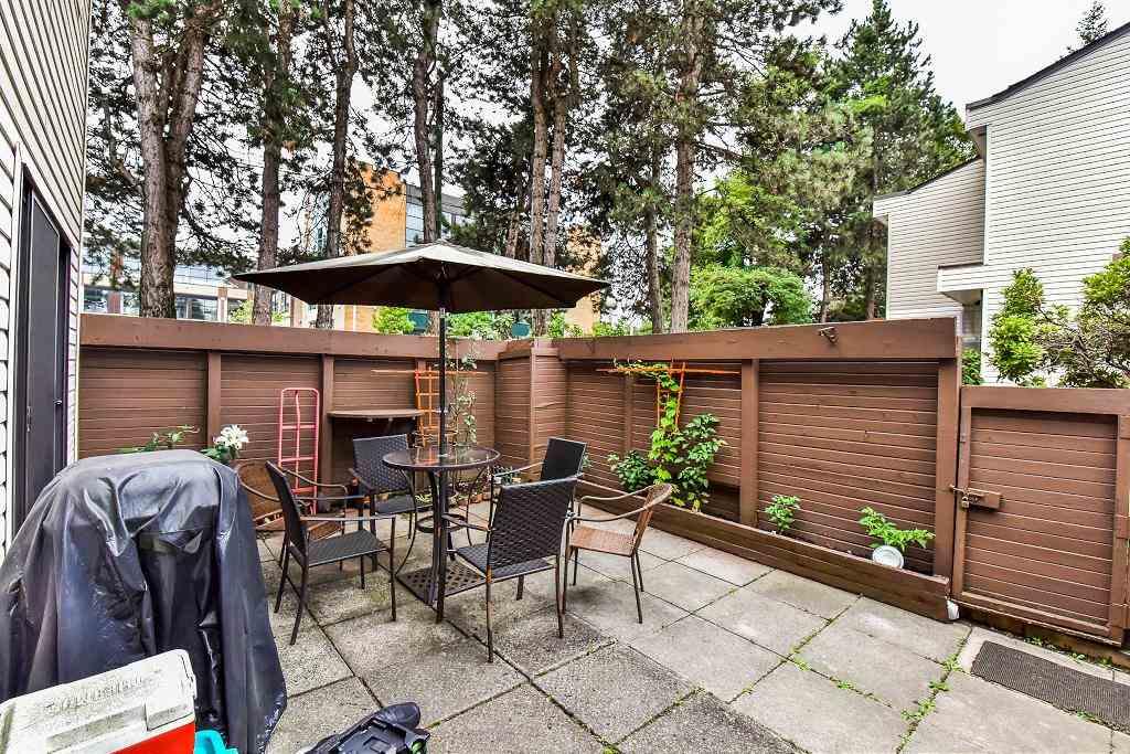 Townhouse at 14 14141 104 AVENUE, Unit 14, North Surrey, British Columbia. Image 15