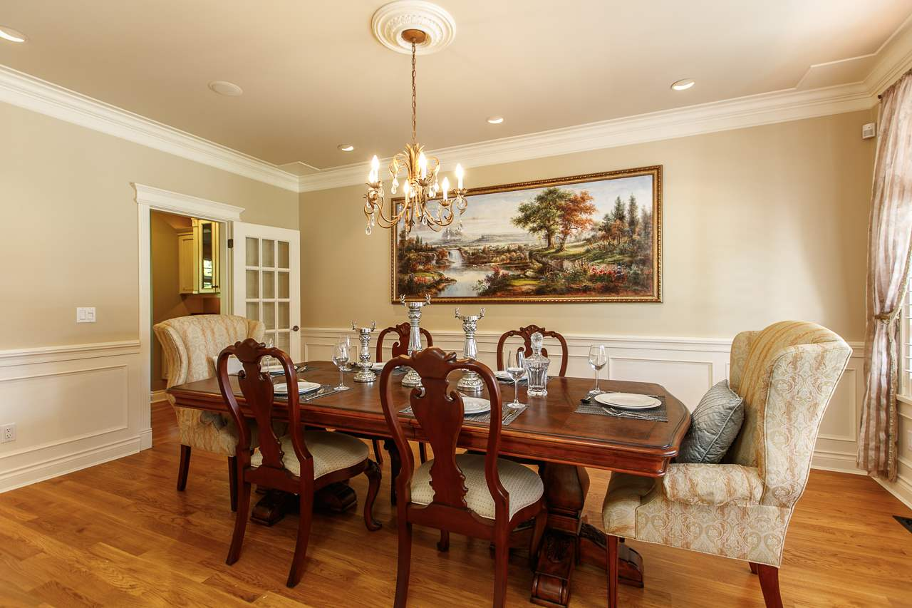 Detached at 3648 SOMERSET CRESCENT, South Surrey White Rock, British Columbia. Image 3
