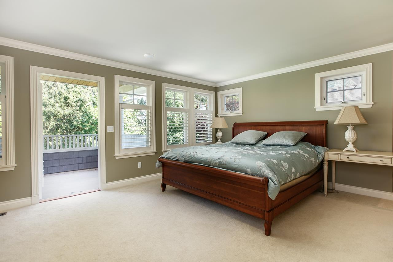 Detached at 3648 SOMERSET CRESCENT, South Surrey White Rock, British Columbia. Image 7