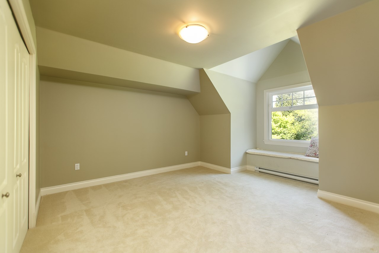 Detached at 3648 SOMERSET CRESCENT, South Surrey White Rock, British Columbia. Image 12