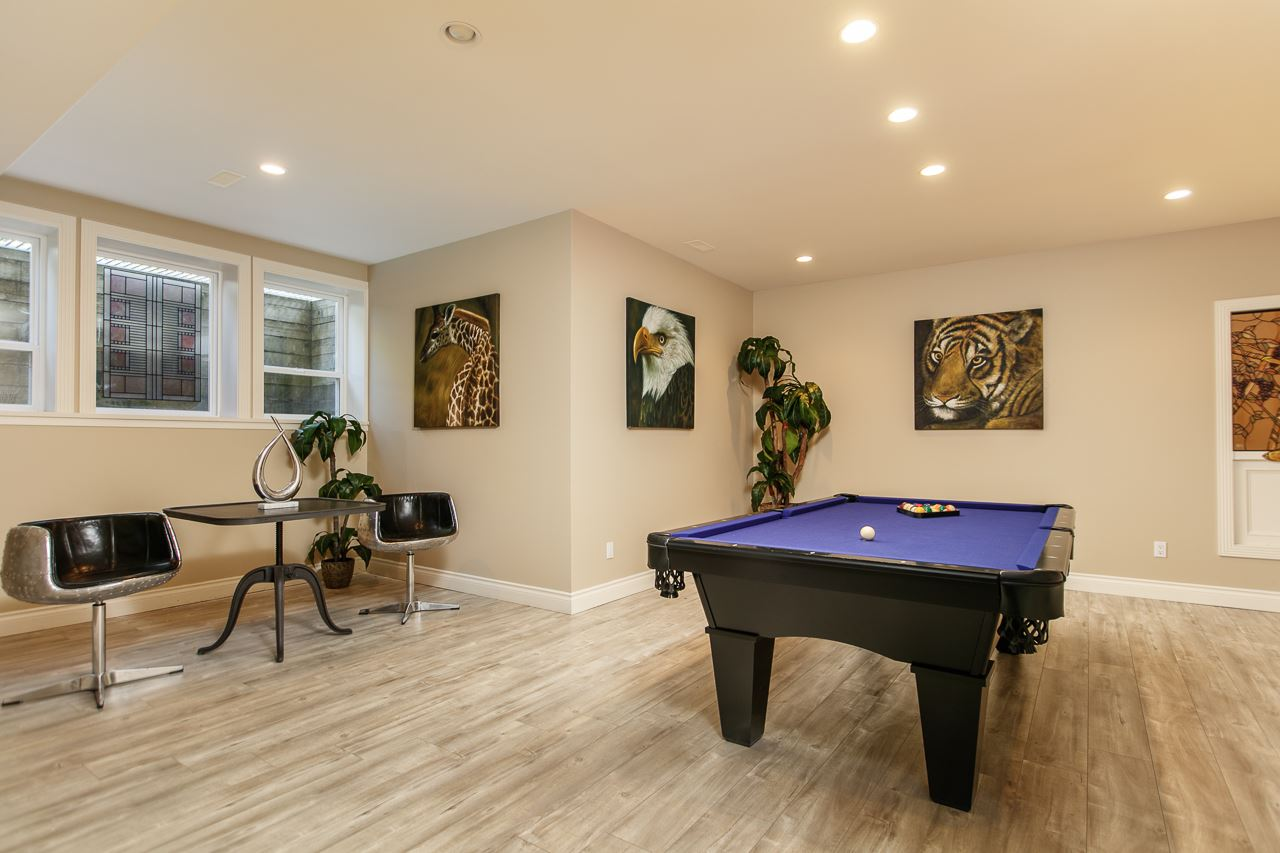 Detached at 3648 SOMERSET CRESCENT, South Surrey White Rock, British Columbia. Image 15