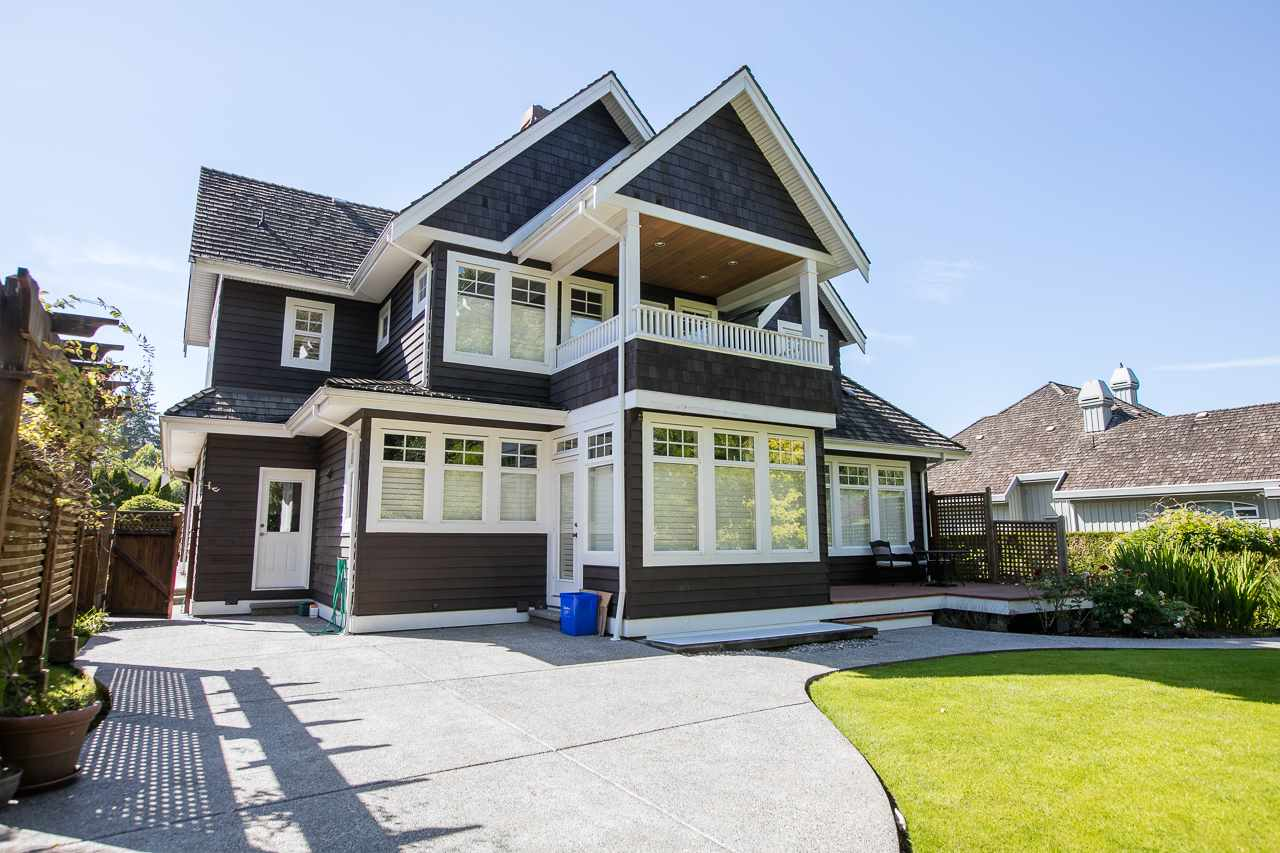 Detached at 3648 SOMERSET CRESCENT, South Surrey White Rock, British Columbia. Image 17