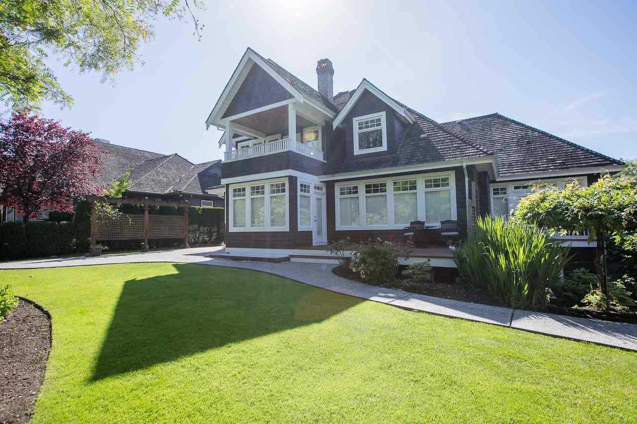 Detached at 3648 SOMERSET CRESCENT, South Surrey White Rock, British Columbia. Image 18
