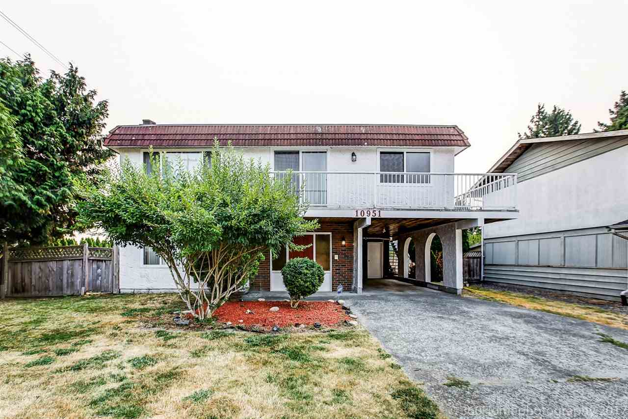 Detached at 10951 SOUTHPORT ROAD, Richmond, British Columbia. Image 1