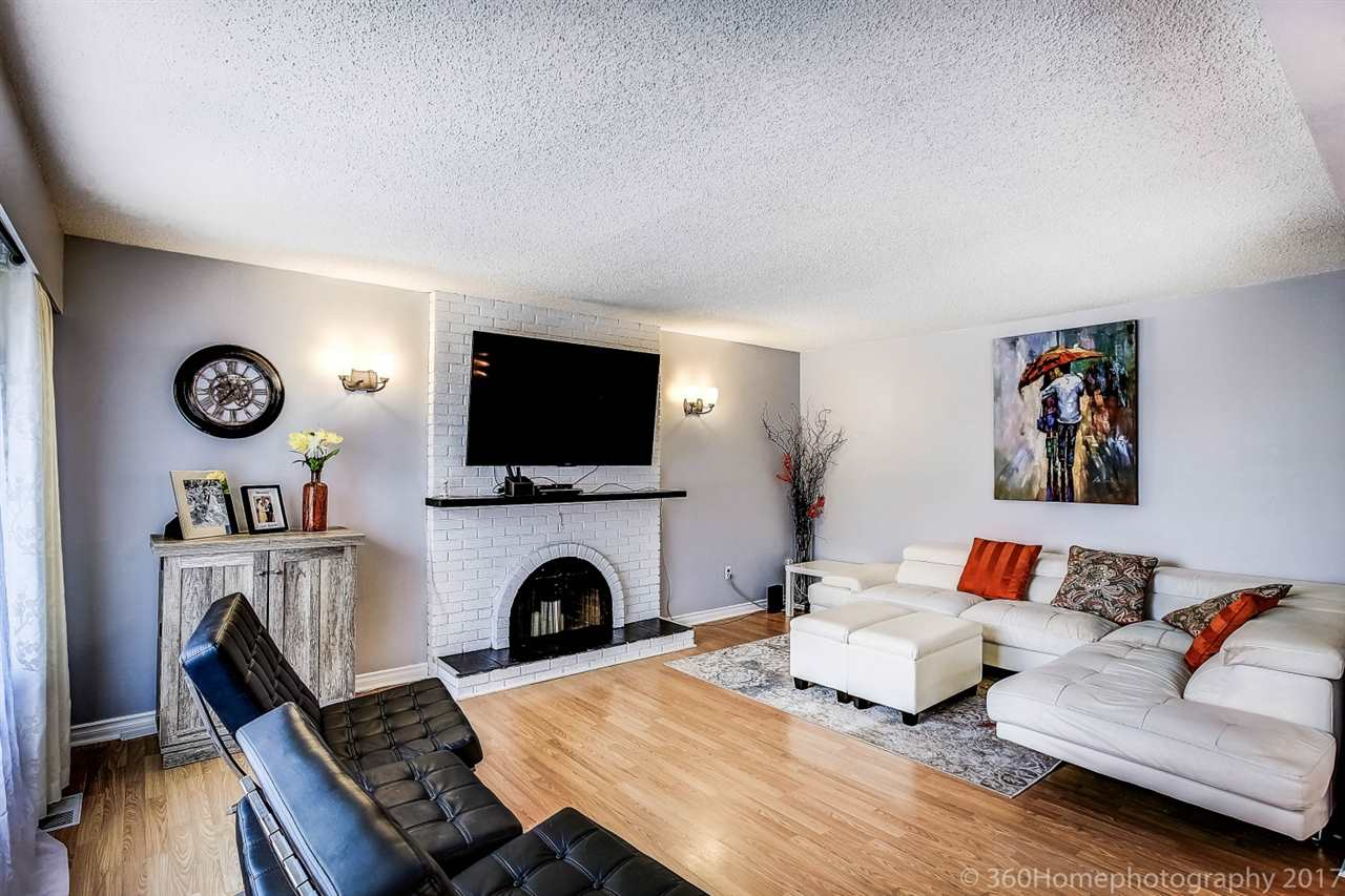 Detached at 10951 SOUTHPORT ROAD, Richmond, British Columbia. Image 5